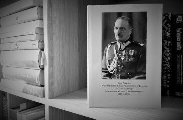 Książka o Smorawińskim