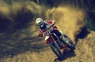 Motocyklista. pixaby